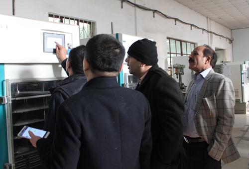 考察冻干机产品-海外客户访问北京博医康1
