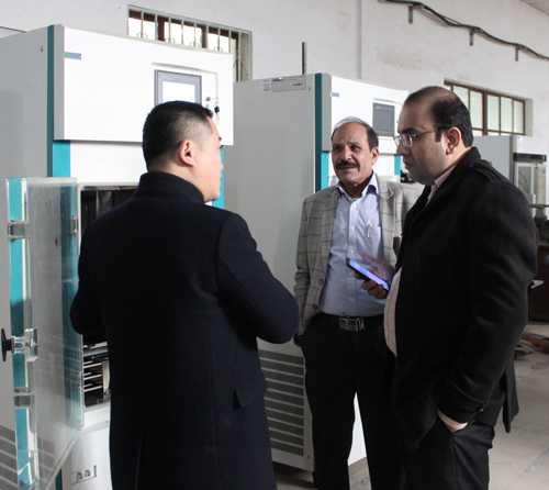 考察冻干机产品-海外客户访问北京博医康2
